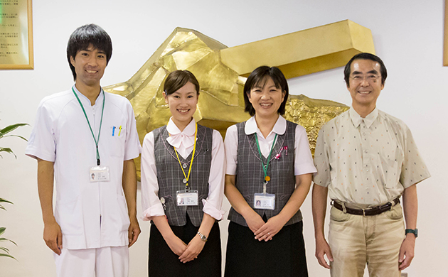 about_staff_img02_8953_l